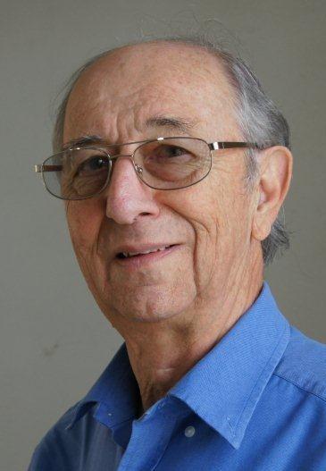Prof. Manfred Hellberg